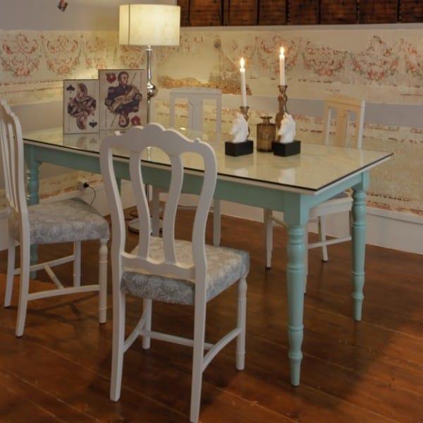 stockwood-cadeiras-e-mesas-liven